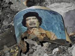 Kaddafi  Sarkozinin  məlumatı ilə öldürülüb