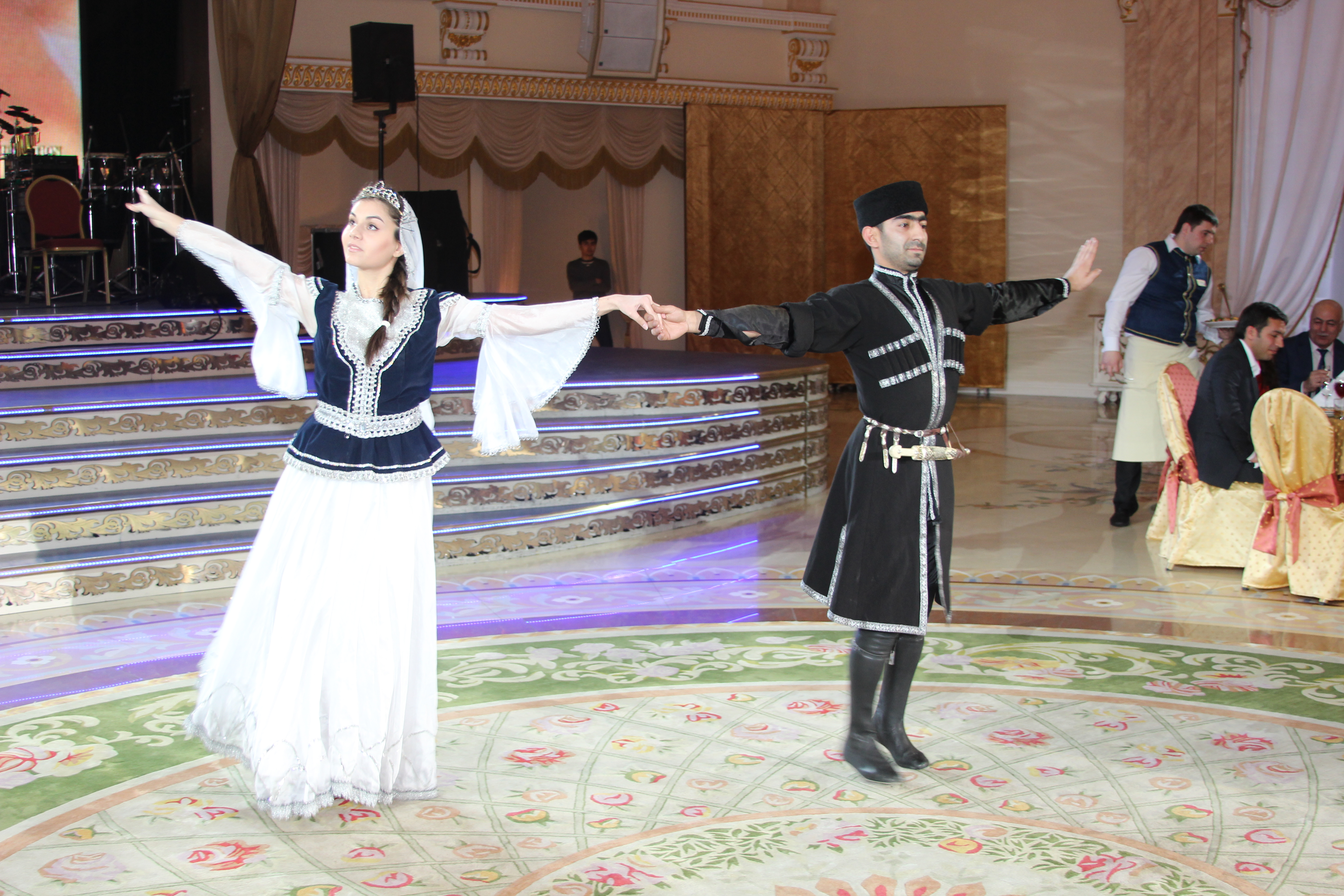 """""""Azərros"""" RATİ ilə birgə təntənəli  """"Novruz"""" şənliyi keçirtdi"""