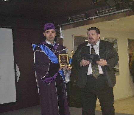 Zirəddin  Rzayev  fəxri doktordan  fəxri professora  yüksəldi (Eksklüziv)