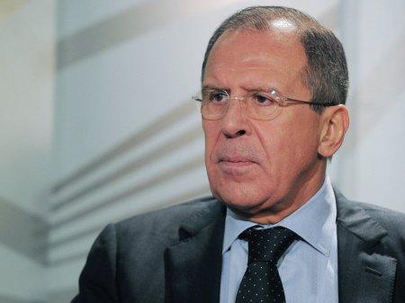 Lavrovu Almaniya antirus şüarları ilə qarşıladı