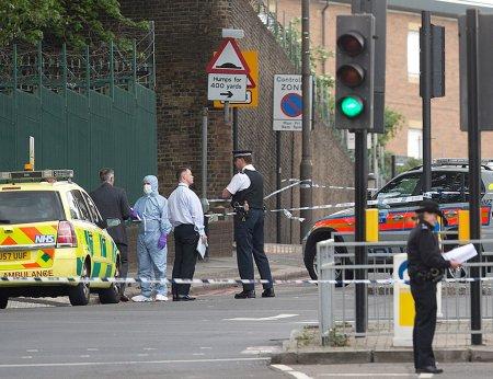 Britaniyadakı terrordan sonra  ultrasagçılar  məscidə hücum etdilər