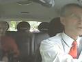 Norveçin baş naziri taksi sürücülüyü etdi