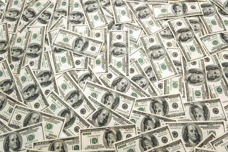 Dövlət Duması Rusiyada dolları dövriyyədən çıxarmağı düşünür
