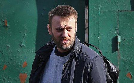 """Navalnıy Qərbə """"Putinin klanını"""" qara siyahıya salmağı təklif etdi"""