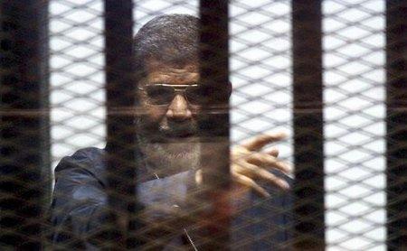 Misirin sabiq prezidenti Mursiyə  ölüm hökmü  oxundu