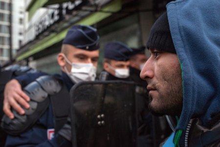 İŞİD liderlərindən biri 400 yaraqlı ilə Avropaya keçib