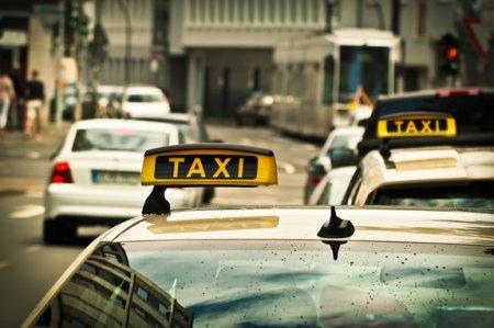 Moskvanın mərkəzində gecikdiyi üçün taksi sürücüsünü güllələdilər