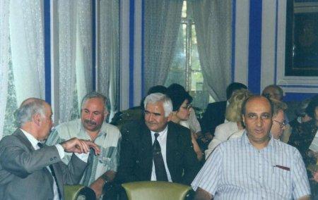 Alimlikdə və insanlıqda Xalıq Koroğlu nümunəsi