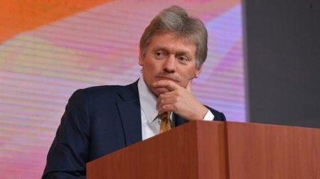 Peskov Petrov və Boşirov barədə sual-cavabın gözlənilməz olduğunu deyib