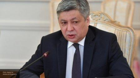 Qırğızıstanın XİN başçısı Erlan Abdıldayev istefa verdi