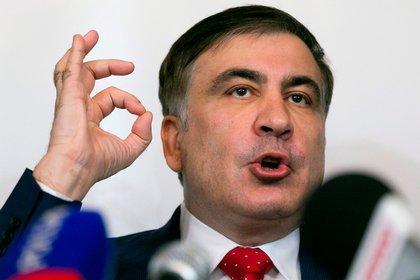 Saakaşvili Zelenskinin Ukrayaya qayıtmaq çağırışına birinci cavab verdi