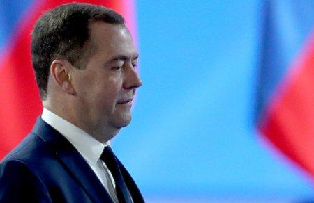 Medvedevin yeni vəzifəsi-Təhlükəsizlik şurasında  müavin