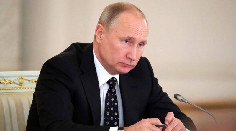 """Putin: """"Rusiya  ruslar üçündür"""" şüarı yalnız ruslara zərər verir"""