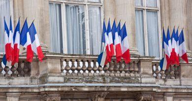 Rusiya səfiri Fransa  XİN-nə çağrılıdı